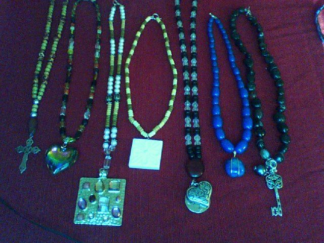 HANDCRAFTED BEADED FASHION NECKLACES OF ALL SHAPES AND COLORS