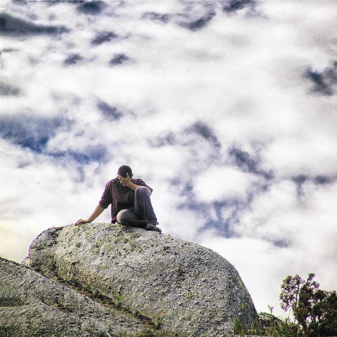 En contacto con la naturaleza  cualquier cosa puede  aprenderse. #peopleinnature @movilgrafias by kartanflat