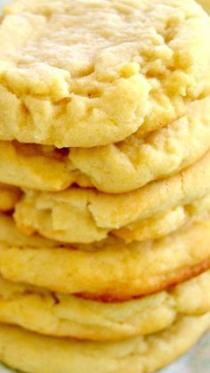 These Old-Fashioned Sugar Cookies truly are the BEST ~ Soft, moist and tender, they taste delicious on their own but would be great coated in a light icing or dash of sprinkles.
