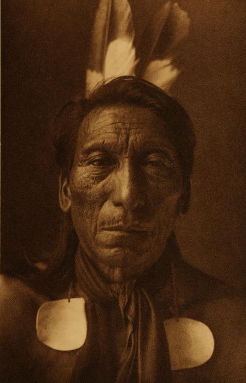 Crow Ghost, Arikara, 1908, Edward Curtis