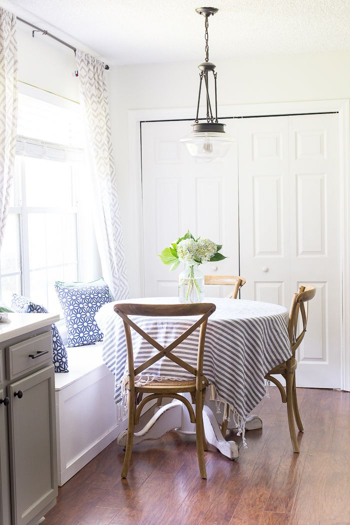 Simple Decorating Ideas for the Summer Kitchen and