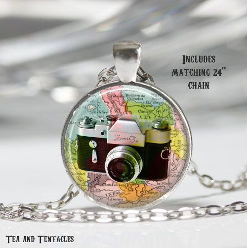 Camera Necklace, Photography, World, Travel Pendant, chain included X71