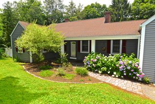 48 Ironworks Hill Rd For Sale - Brookfield, CT | Trulia ...