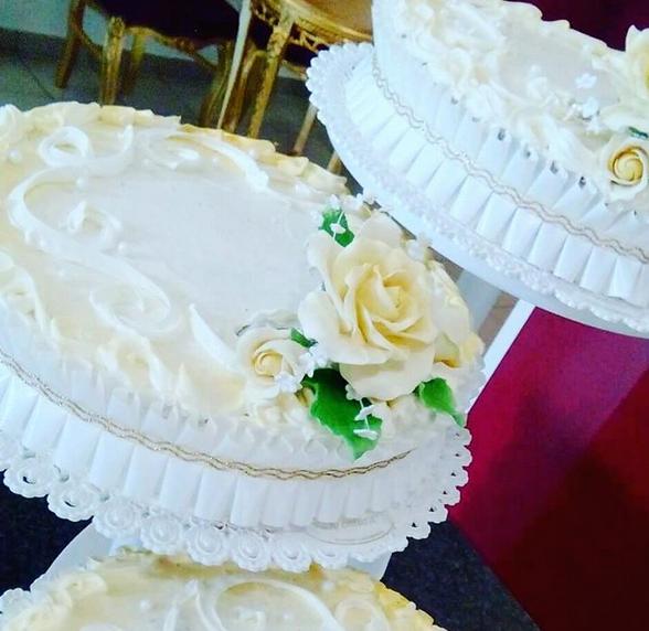 Pin Von Pasticceria Ventura Auf Hochzeit Hochzeitstorten
