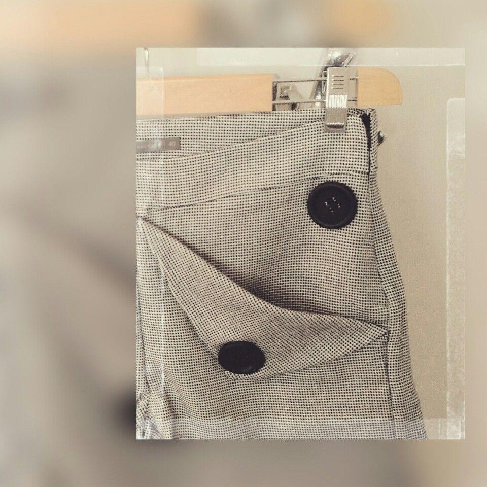 • detalhe da nova coleção •  puzzle • inverno 2017 •   em breve   • contato 51 998085885 #juliannafraccaro #look_jln #easychic #alfaiataria #modaautoral #fashion #portoalegre #estudio525R