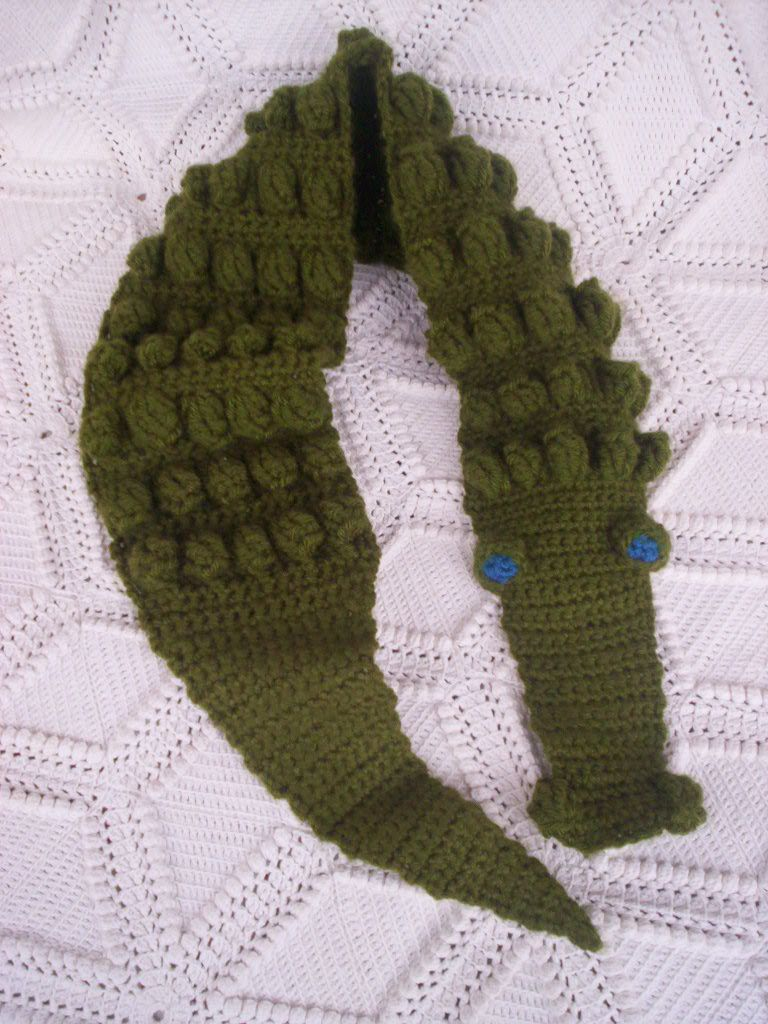 Crocheted Gator Scarf | Projects | Pinterest | Scarves, Crochet and ...
