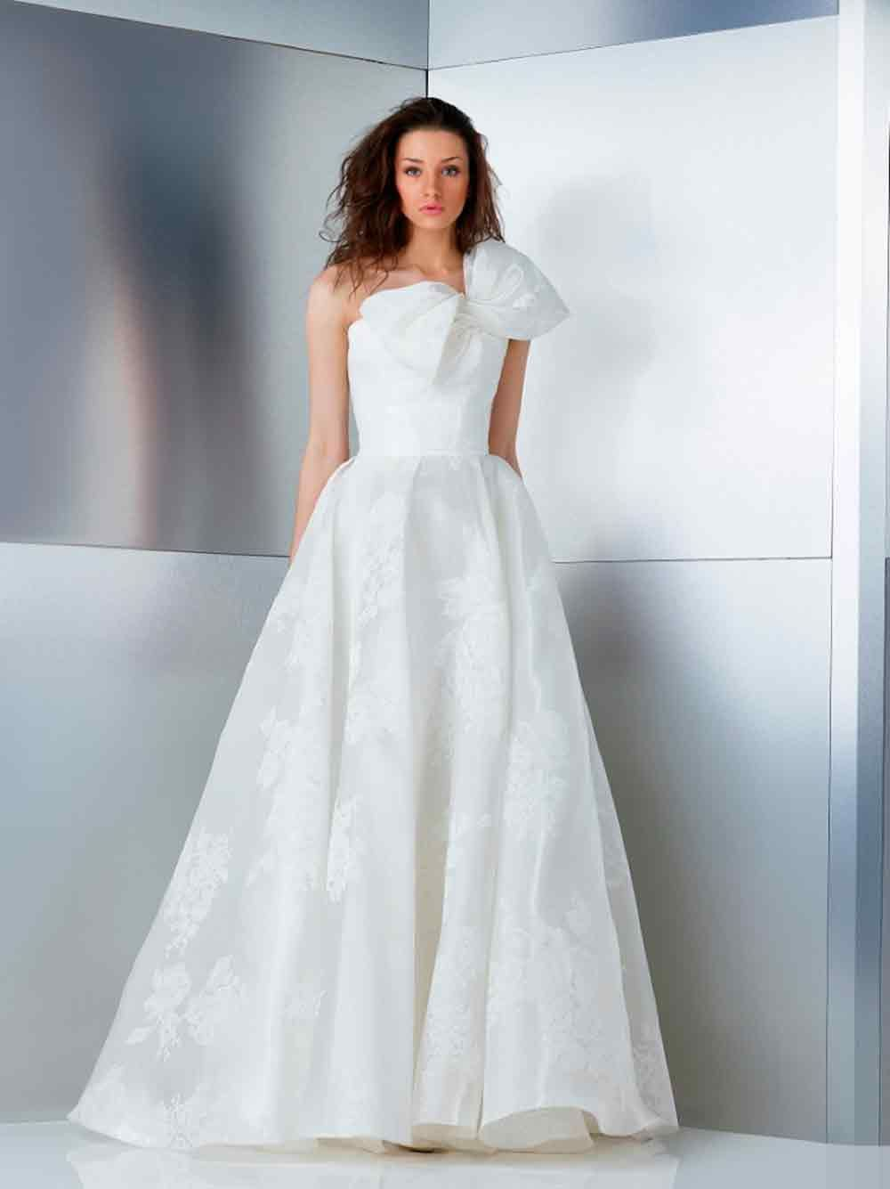 Stunning wedding dresses   Stunning Wedding Dresses with Bow Detail  Wedding dress Wedding