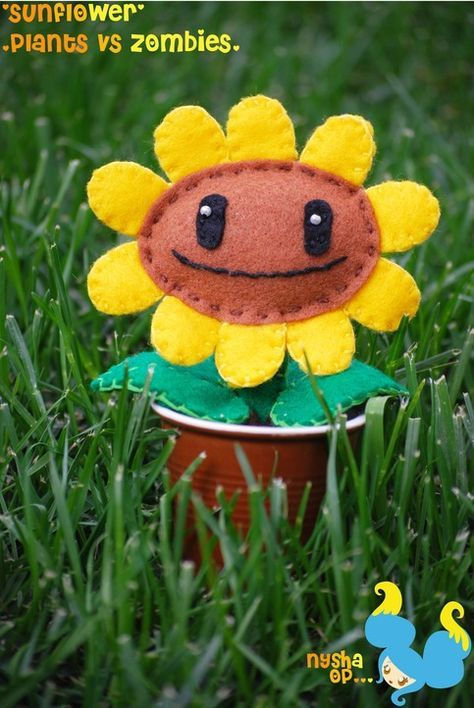 Plants Vs Zombies Sunflower Plush Maybe Turn It Into A Boutonniere Plants Vs Zombies Birthday Party Zombie Crafts Sewing Stuffed Animals