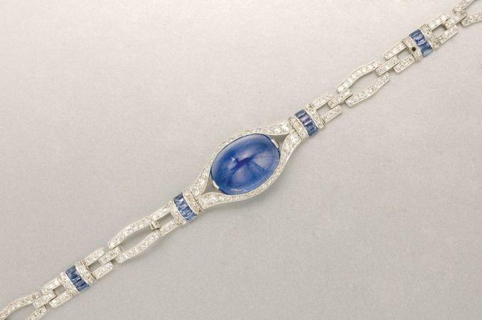 Important Estate Jewelry - Art Deco Platinum, Cabochon Sapphire, Sapphire and Diamond Bracelet