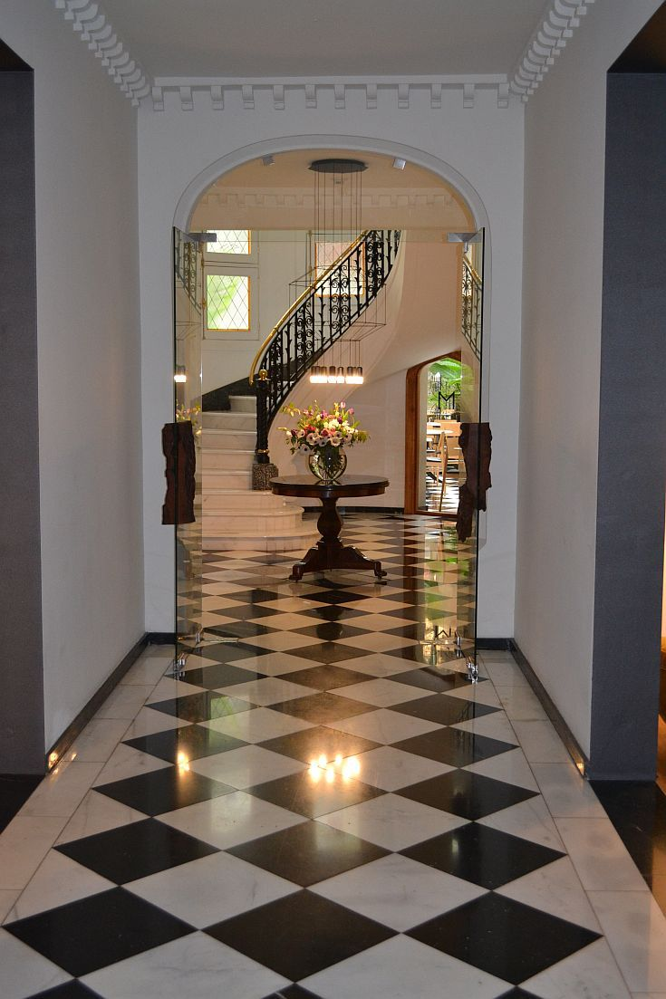 Hotel Magnolia In Chile Lobby Stairs With Images Luxury