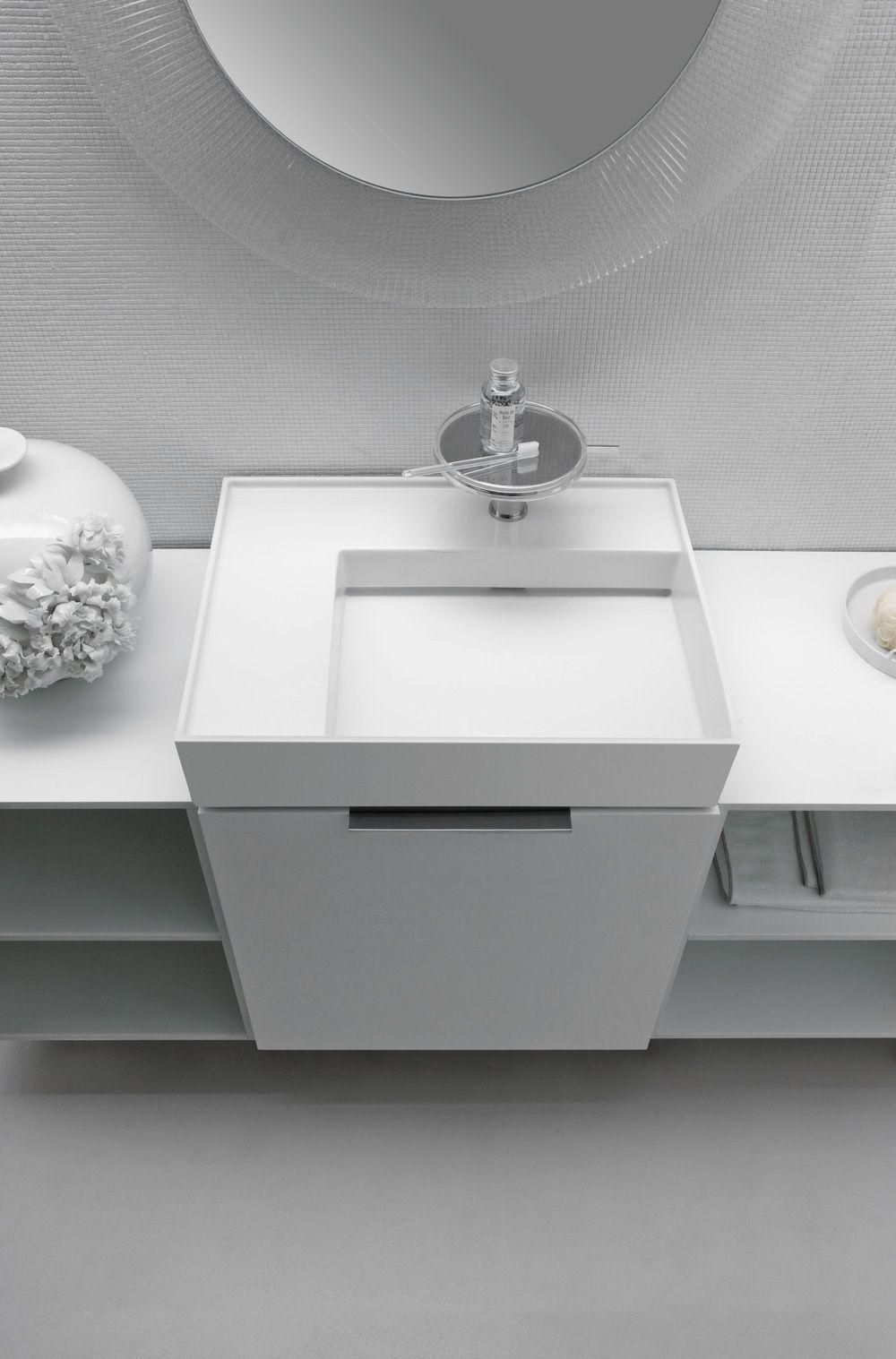 petit meuble vasque compact kartell by laufen 650 sanitaires pinterest sdb salle de. Black Bedroom Furniture Sets. Home Design Ideas