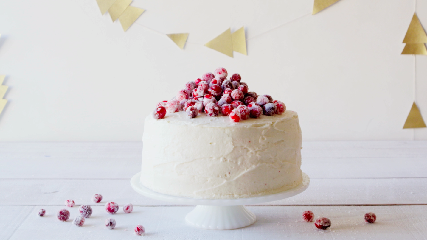 Make Eggnog Buttercream Frosting For Your Red Velvet Cake