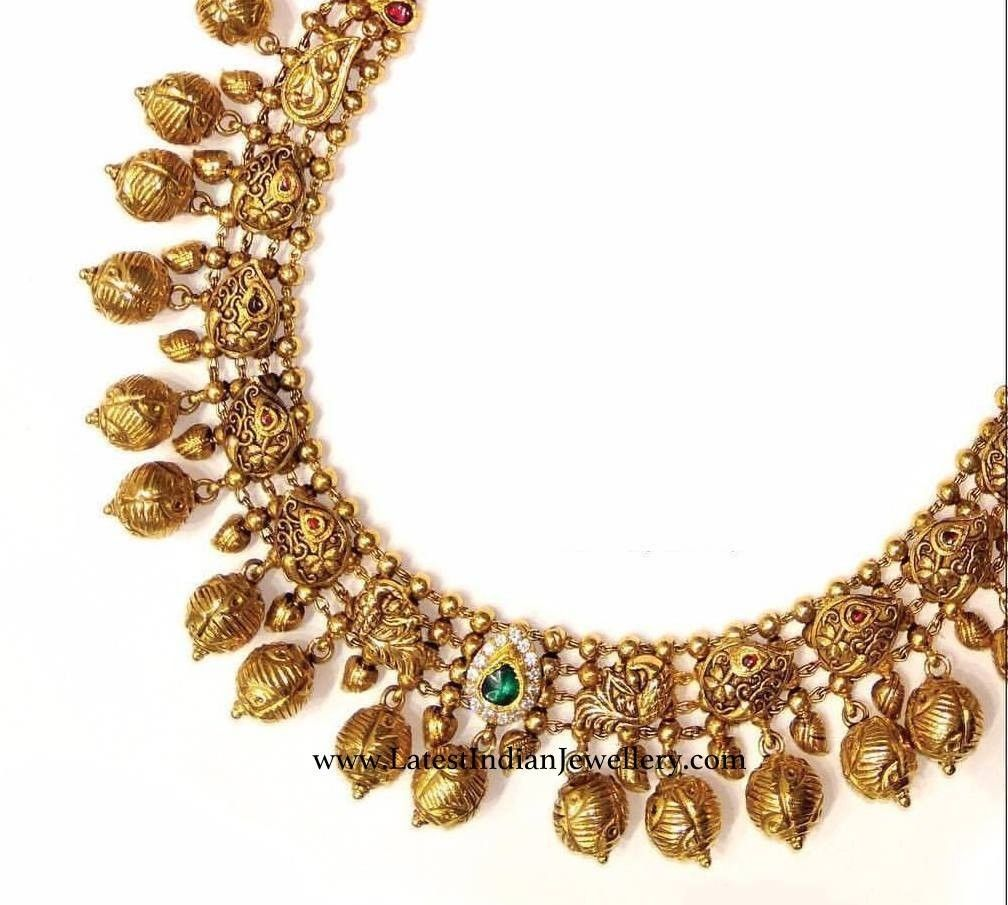 Pure gold necklace with minimal stone detailing | Antique