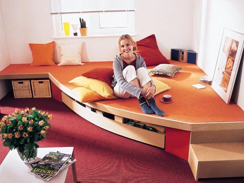 Un letto a scomparsa che di giorno sparisce sotto la - Costruire letto a scomparsa ...