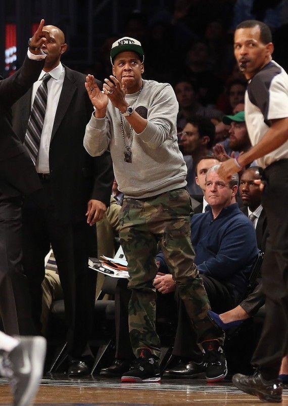 87d98f5a Celebrities wearing Air Jordan 4 Bred Sneakers – Streetwear JAY-Z ...