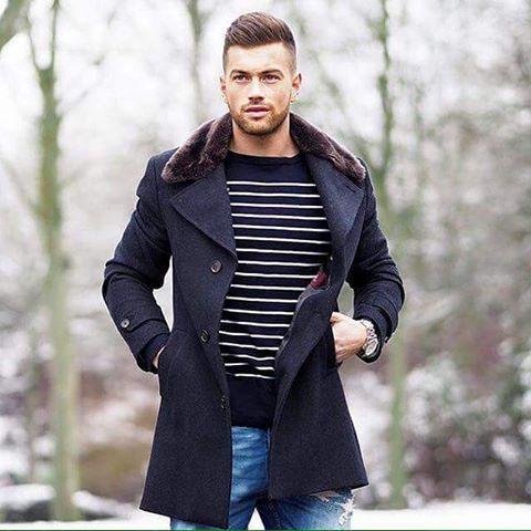 Os casacos são os melhores amigos pra ajudarem a passar esse friozinho sem perder a elegância e estilo.