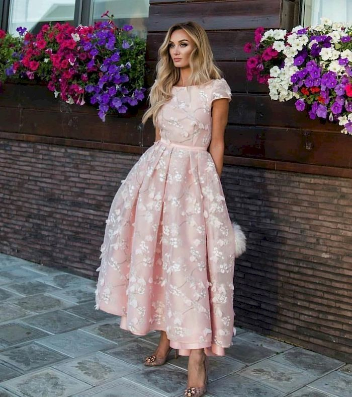 42 Classy Chic Wedding Looks for Spring #weddingguestdress