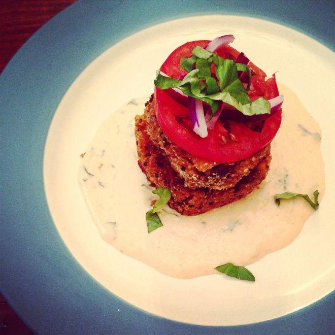 { Quinoa & Sweet Potato Cakes } | Love & Light Kitchen #Vegetarian #Quinoa #QuinoaCakes #SweetPotato #Mango #YogurtSauce