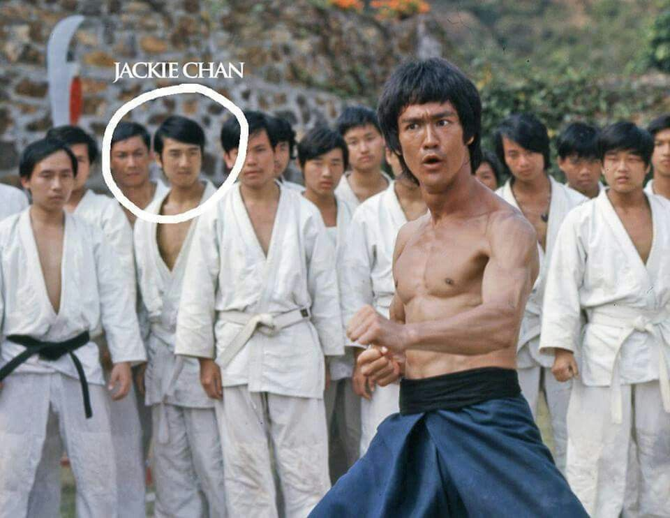 Bruce Lee et Jackie Chan... | Bruce Lee | Pinterest ...