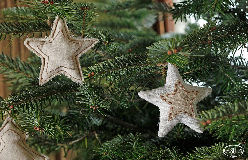 Addobbi Natalizi Juta.Natale Tonosutono Addobbi Stelle In Tessuto E Juta Natale Decorazioni Addobbo