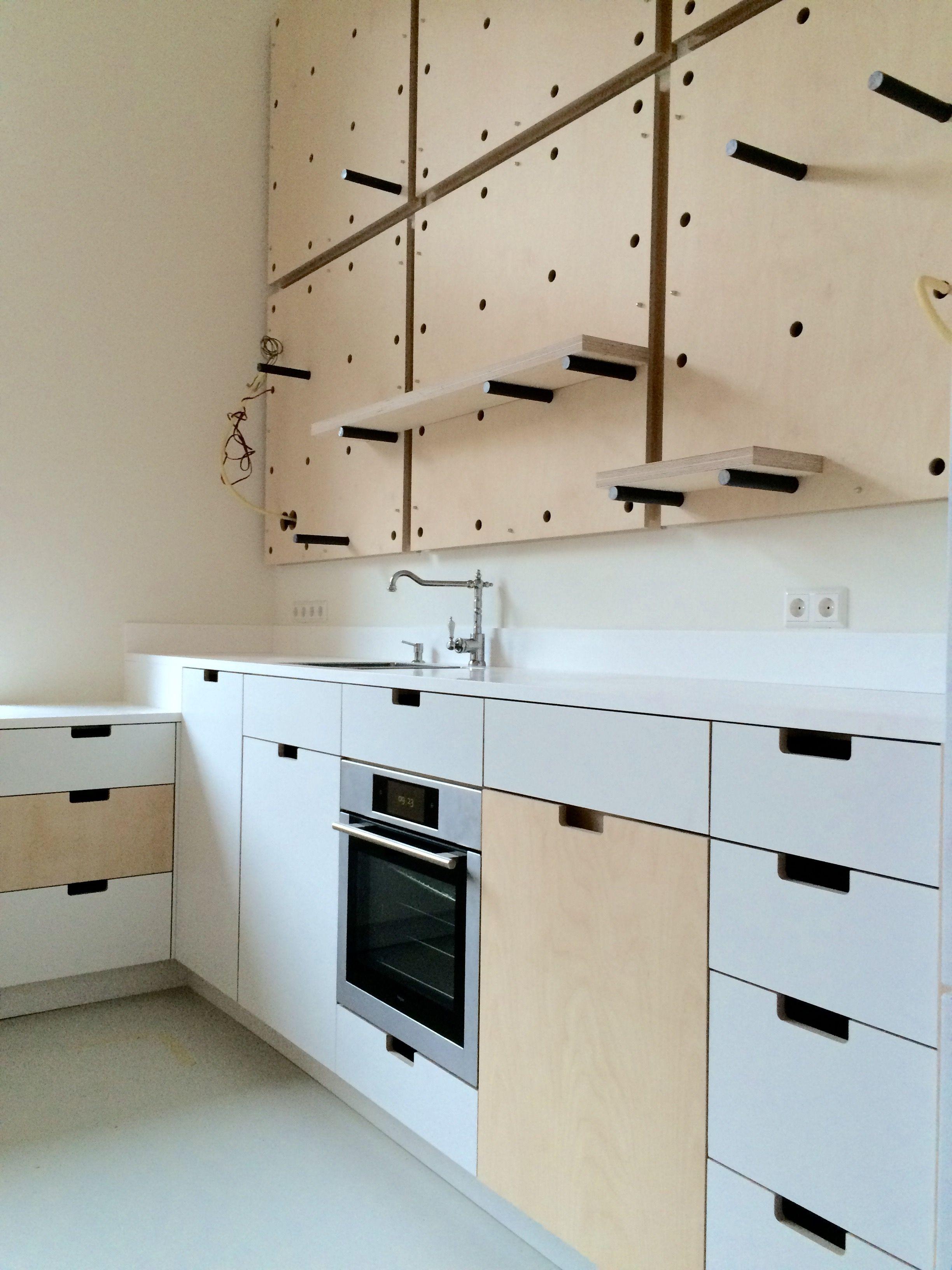 keuken van berken multiplex en betacryl door justus tjebbo interieur wwwjustusentjebbonl