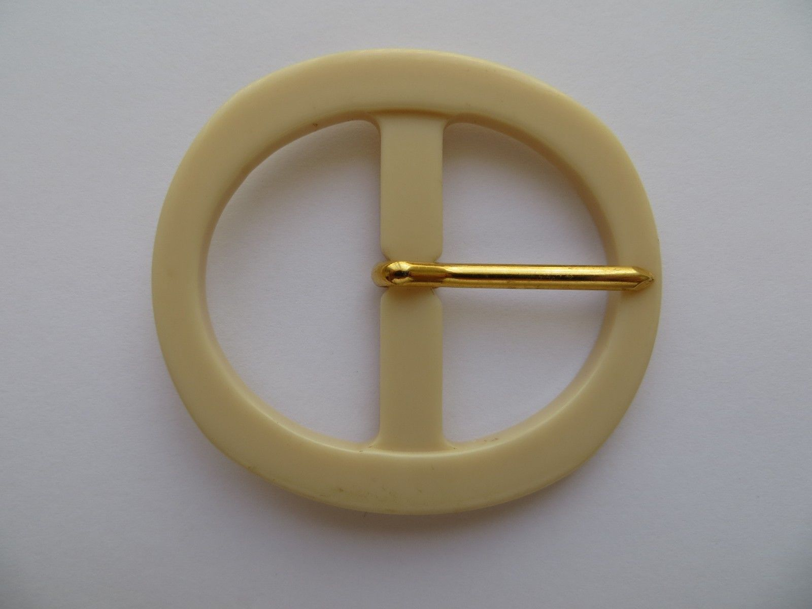 unused! vintage sewing buckle in rectangular shape Beige belt buckle