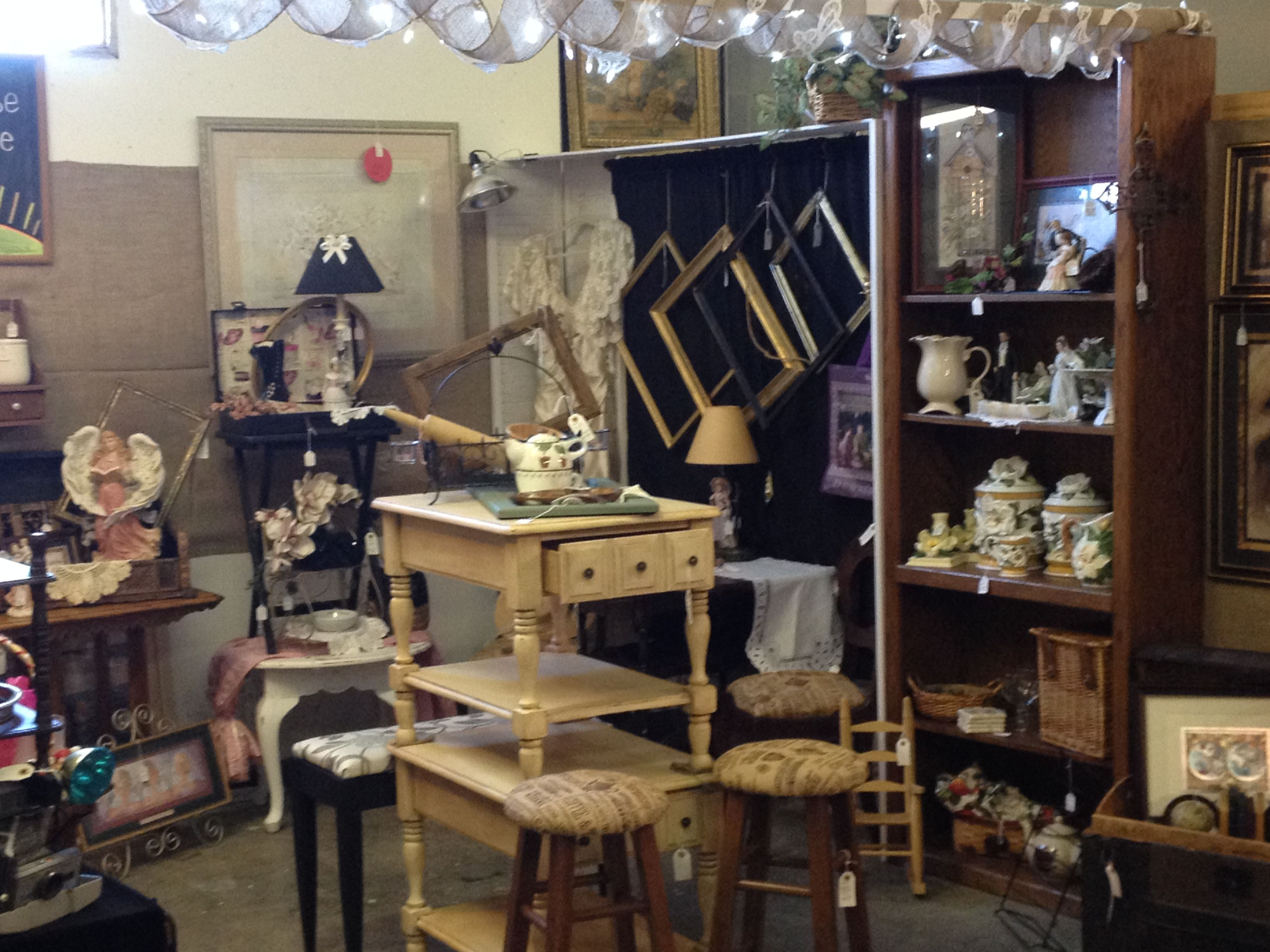 My Vintage Booth The Sunrise Cottage Located In Generations