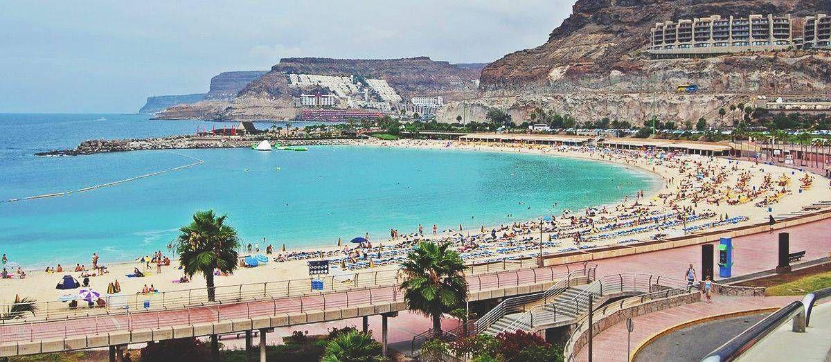 Playa De Amadores Playas En Gran Canaria 2020 Playa Canario Oleaje