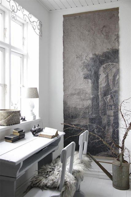 The New Victorian Ruralist: Grisaille Perfection...