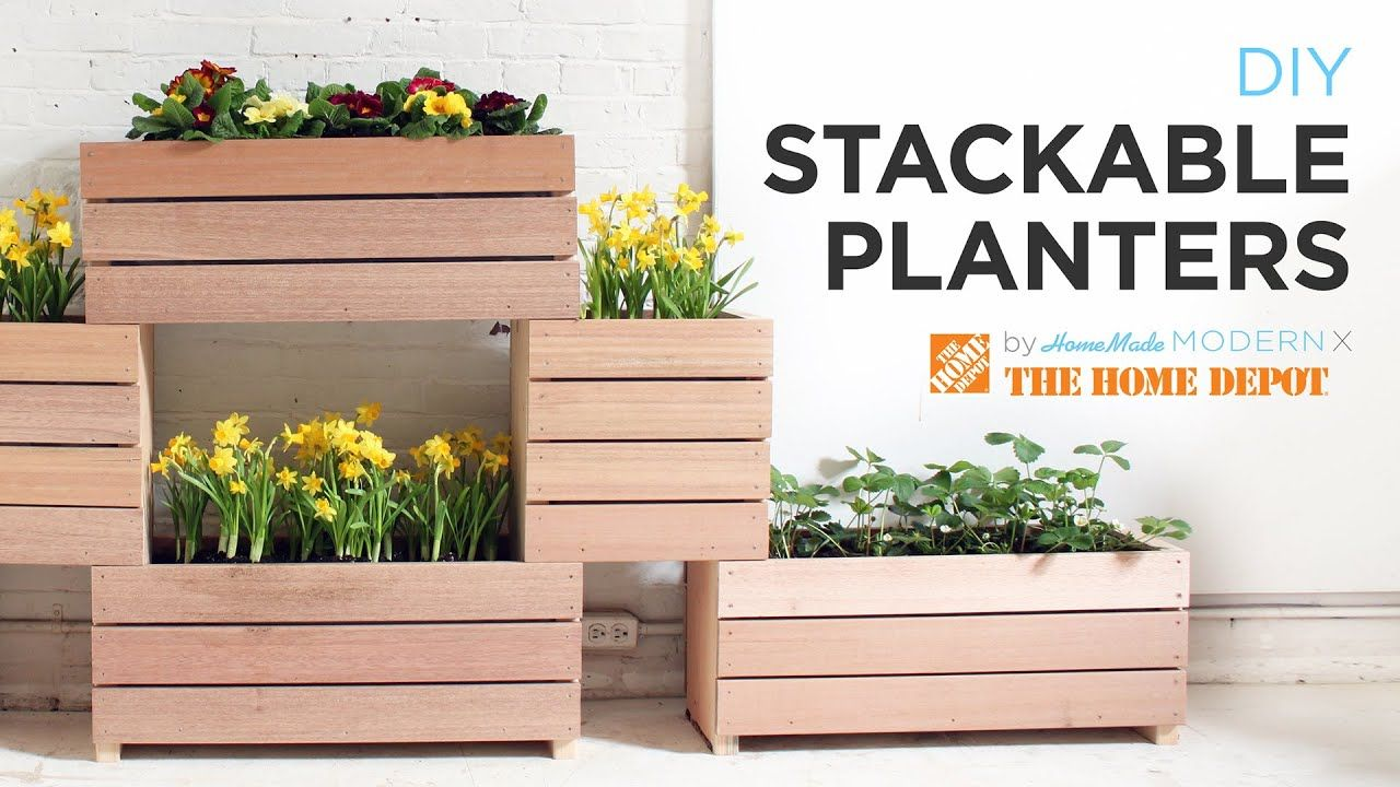 A Vertical Garden Made From Diy Stackable Planters 400 x 300