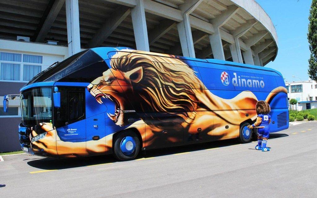 Klubnyj Avtobus Studiya Dizajna Trafaret Tatu Bus Advertising Bus Wrap Vehicle Signage
