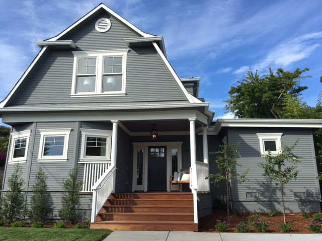 Platinum Gray By Benjamin Moore Grey Exterior House Colors Exterior Gray Paint Gray House Exterior