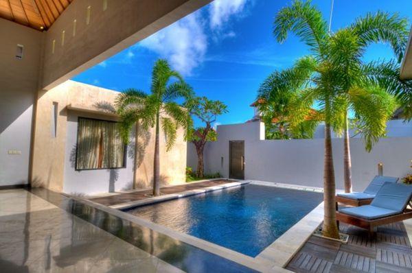 Moderne architektenhäuser mit pool  101 Bilder von Pool im Garten - small courtyard pool palmen ...