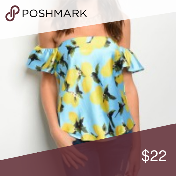 25f086e5a8ba77 Lemon Print Off the Shoulder Blouse Top NWT! Brand NEW Lemon Print Top!  Description