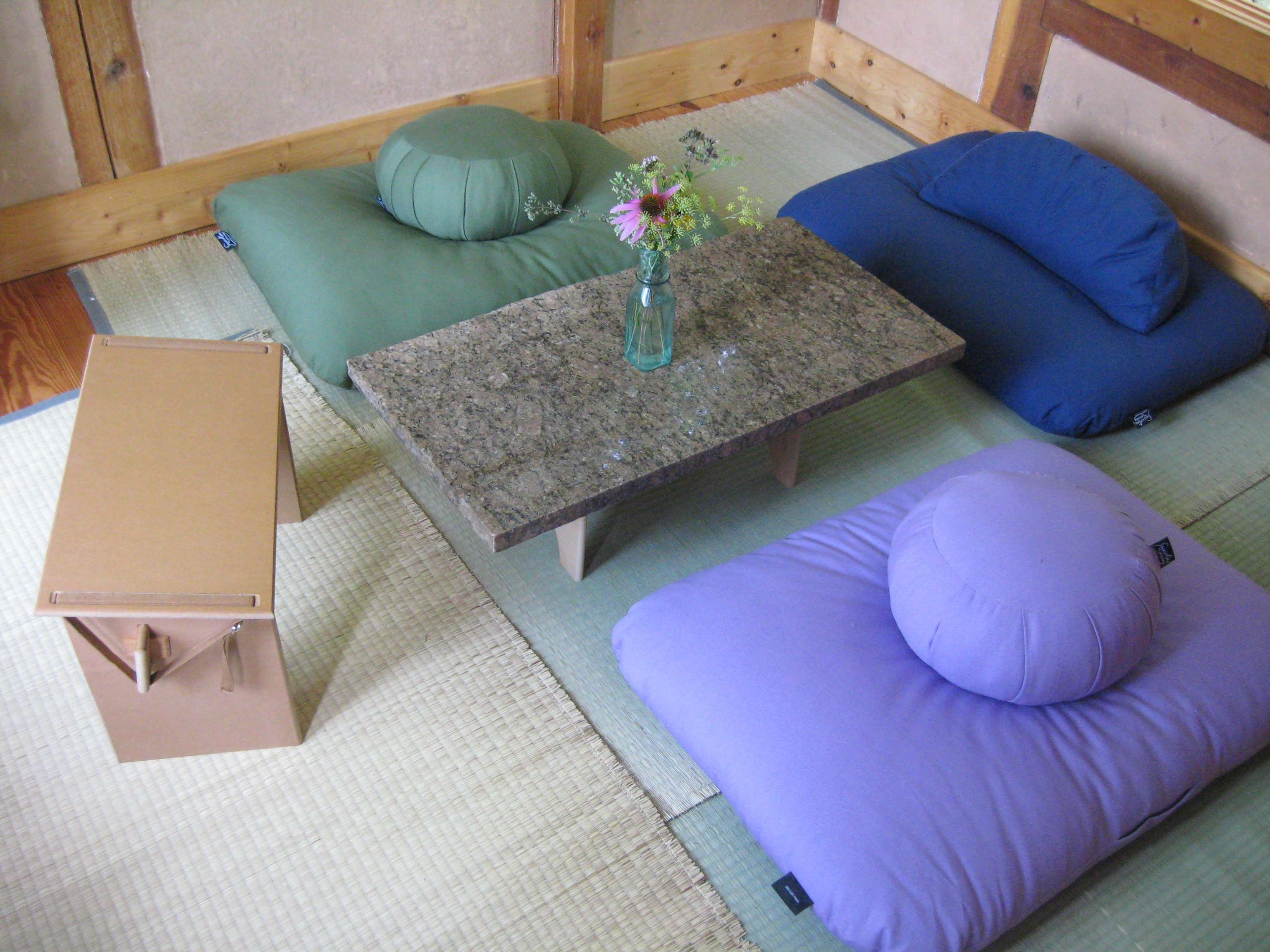 Floor Seating Ideas A New And Unusual Detail In Your Inte