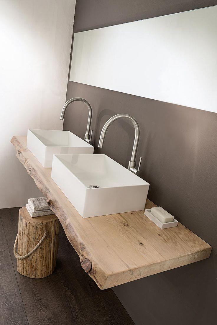 Bad, Doppelwaschbecken auf Holzunterlage … – #appartement #bain #bois …