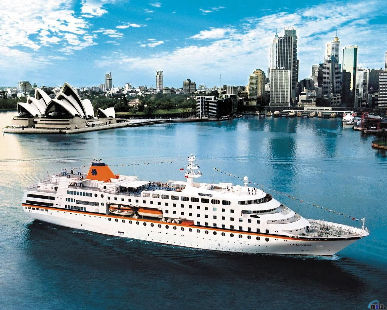 Beautiful cruise ship New years eve cruises, Sydney