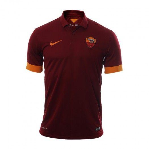 Apoya al Equipo de de la Roma con el Jersey #Roma Stadium Local de #Nike con la que tendrás un look muy deportivo y elegante con su cuello tipo Polo y tejido DRI-FIT para liberarte del sudor.