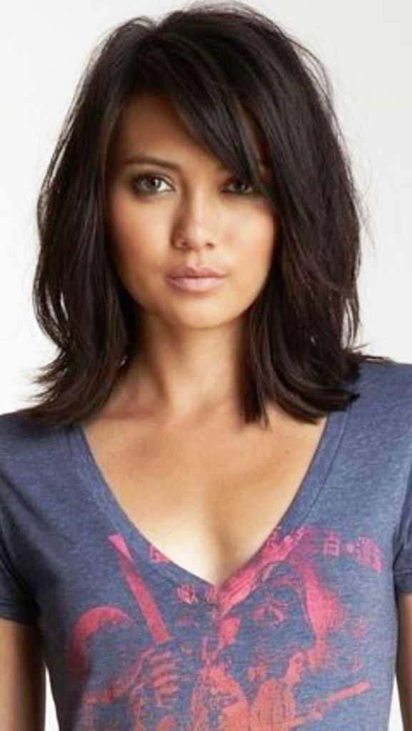 Medium Length Hairstyles With Layers for round face