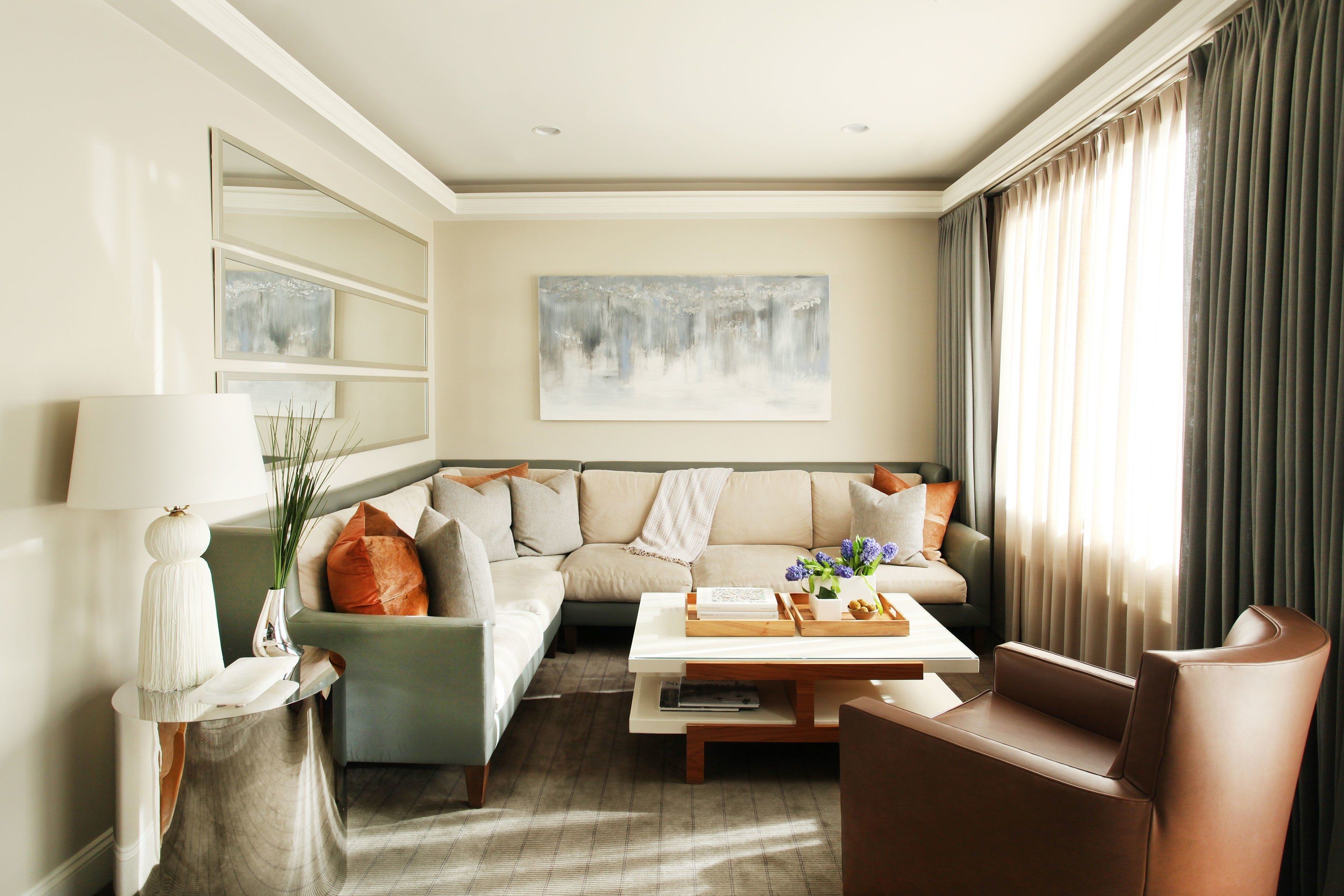 A Two-Toned Sofa Is the Best of Both Worlds | Architectural digest ...