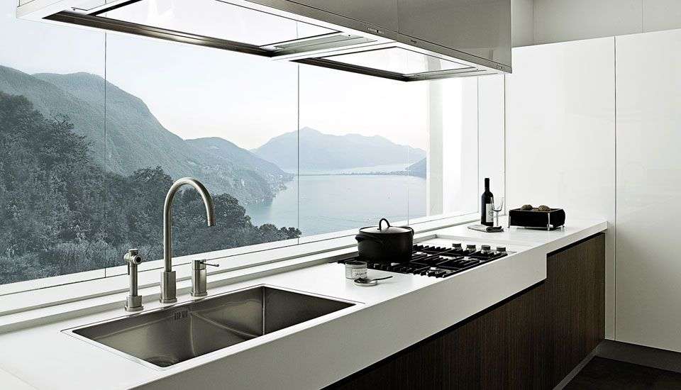 Wonderful Kitchen With An Amazing View Modern Kitchen Interiors