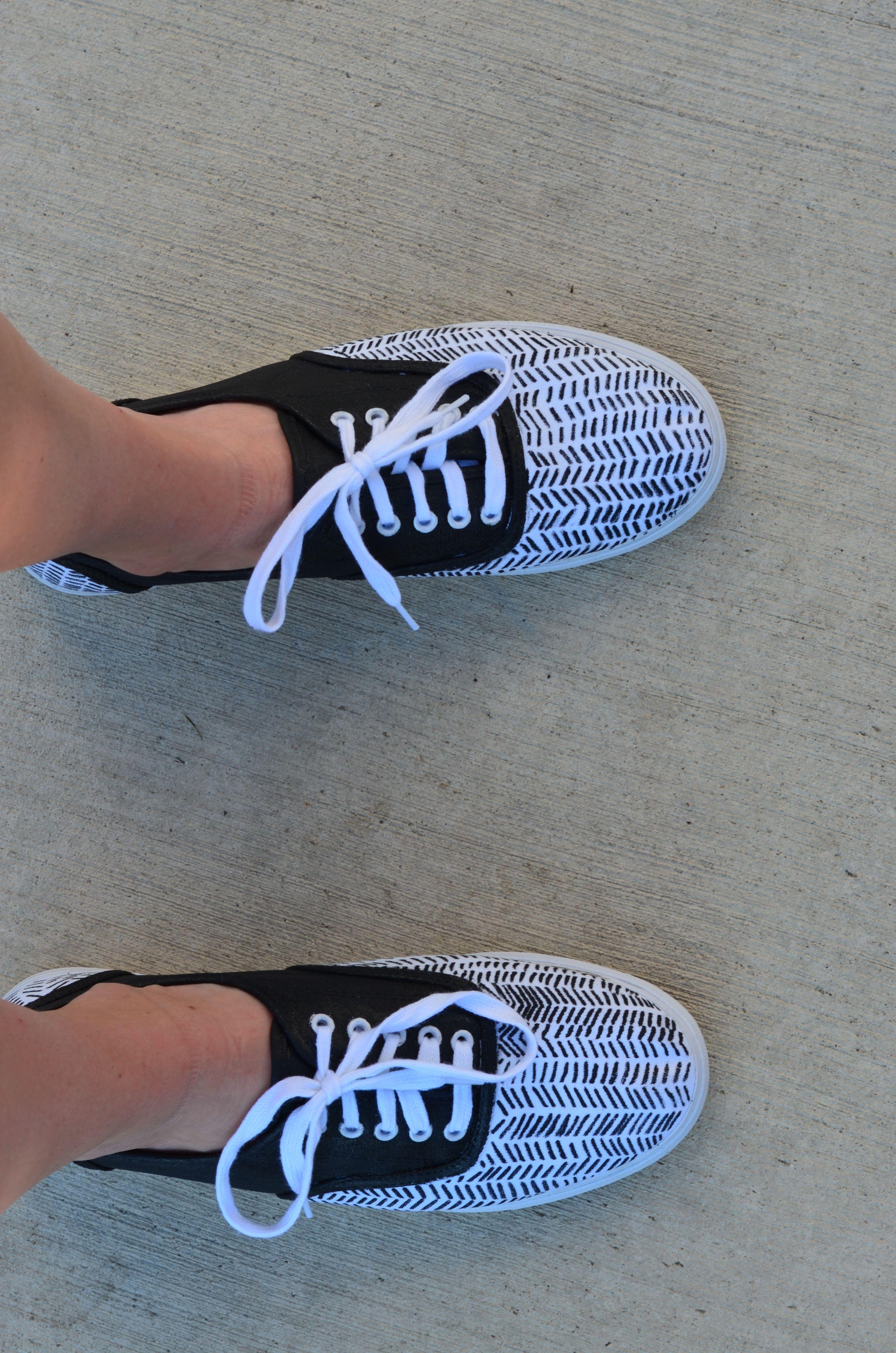 e15e2d0e9c2 DIY Keds Shoes