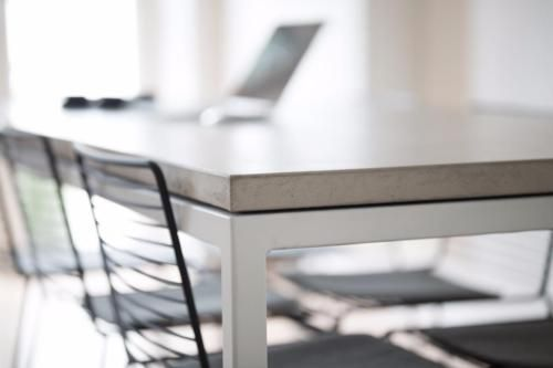 Esstisch Beton Tischplatte Stahlgestell Designtisch in