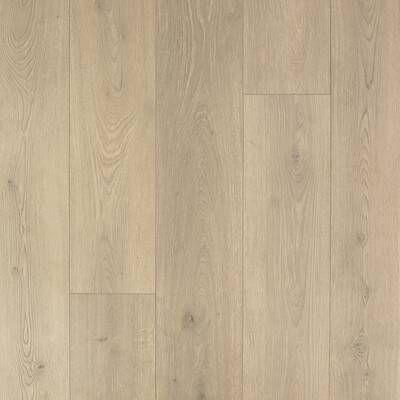 Scottsmoor Oak 9 16 Thick X 7 1 2 Wide X Varying Length Engineered Hardwood Flooring Oak Laminate Flooring Oak Laminate Flooring