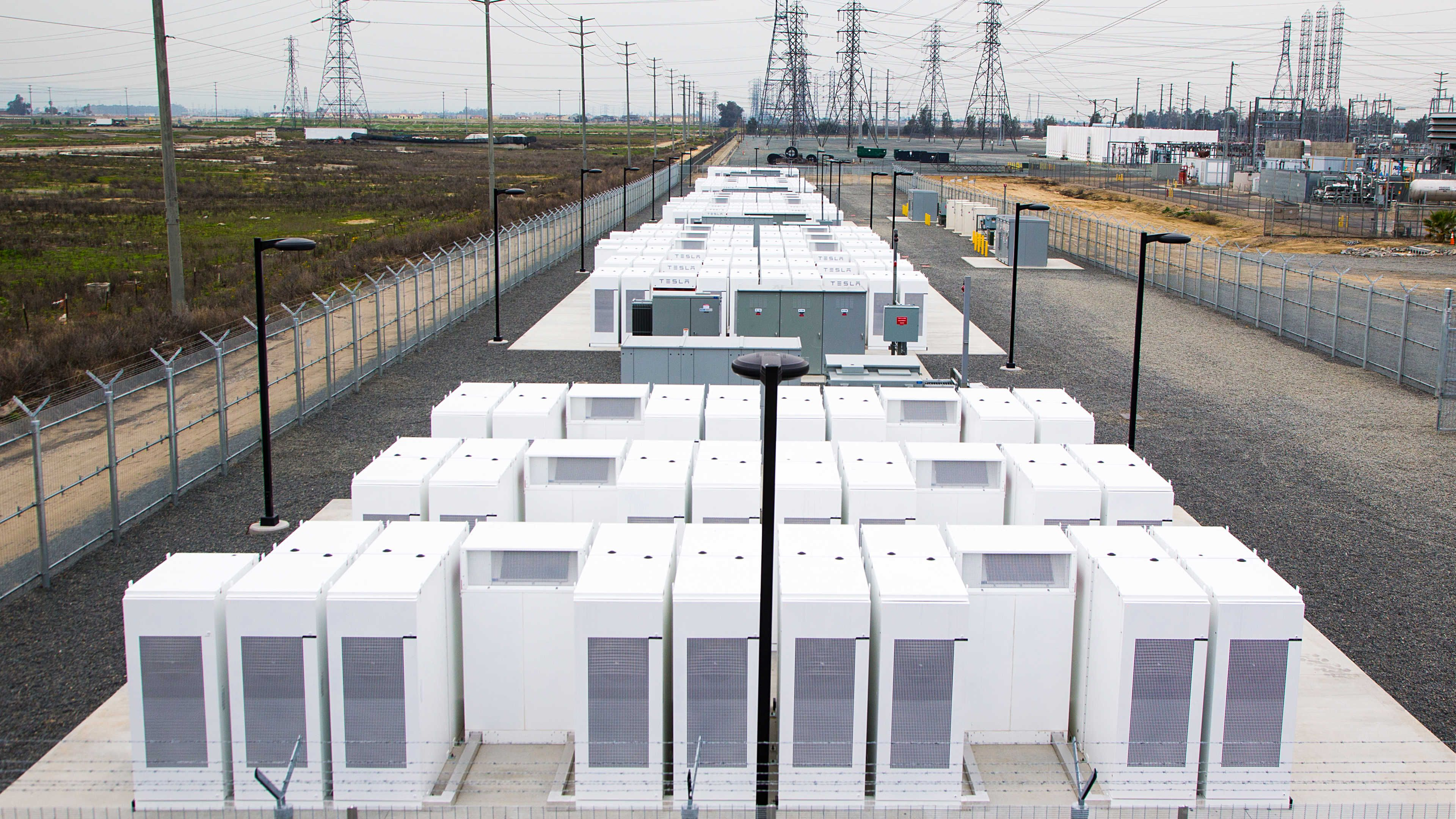 Tesla Will Build The World S Largest Battery In South Australia Tesla Battery Big Battery Tesla