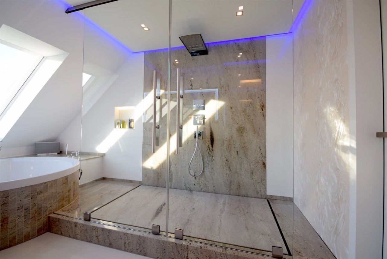 Superb Badezimmer
