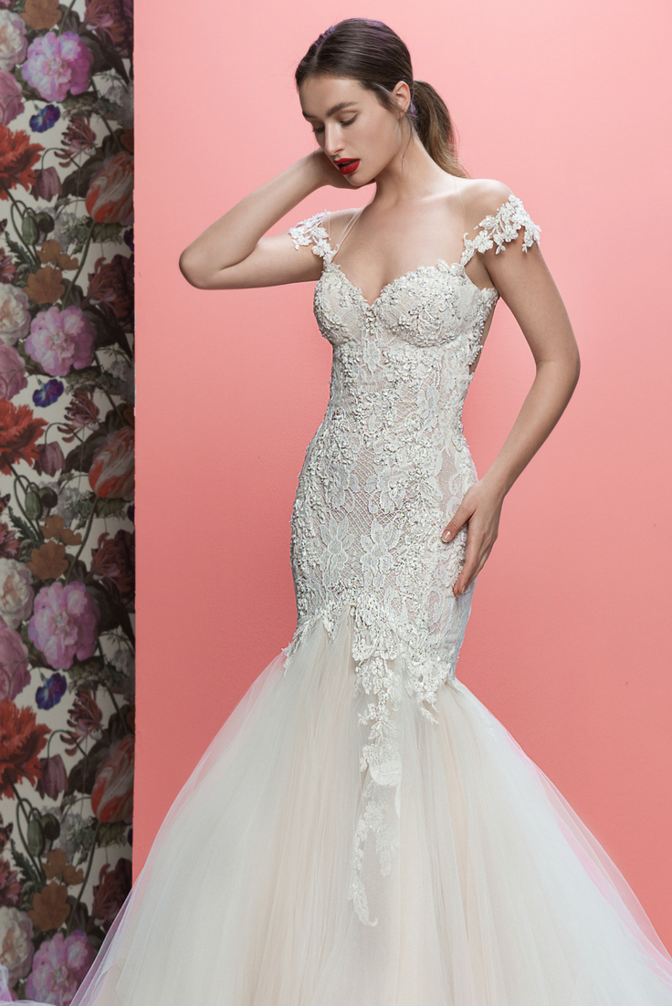 Bold and beautiful - #Allegra is a body-hugging wedding dress with ...