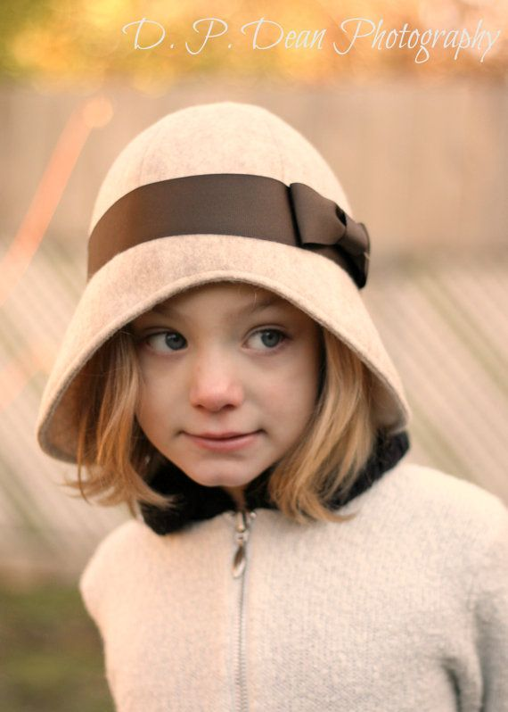 Cloche Hat in Tan and Chocolate Baby cloche by fourtinycousins ... b47e83a383f