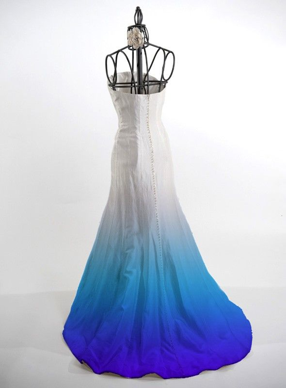 Ombre Dye Service For Silk Wedding Dresses Fun Then Do Your Bridal Party In The Varied Hues
