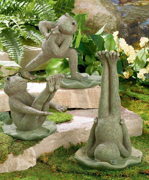 Downward dog? Try downward frog! This charming set has the right idea about starting the day and keeping balance. Perfect for the garden, yard or shelf, these leapers will help keep the peace.